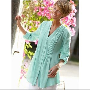 Soft Surroundings eyelet tunic mint floral pleats